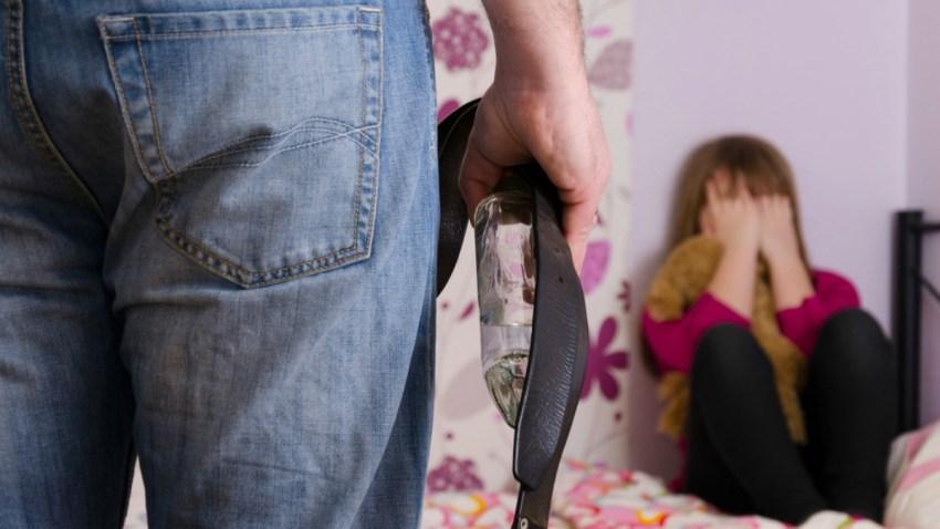 TLMD-abuso-infantil-shutterstock_123266284