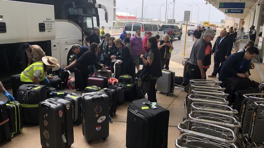 Viajeros liberados de Lackland