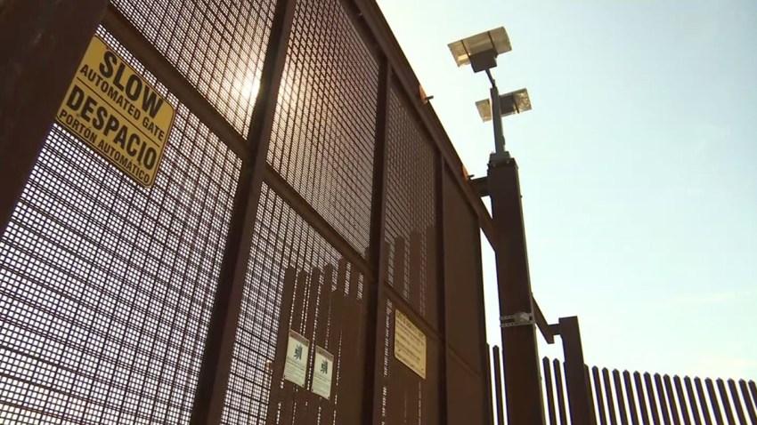 muro fronterizo estrategia postales1