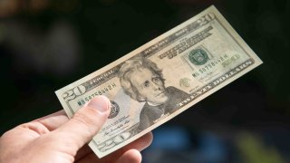shutterstock-dolares-falsos-foto-main-1234
