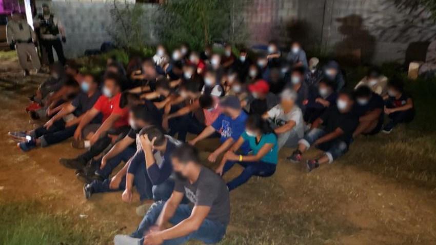 Migrantes escondidos en casa de Laredo
