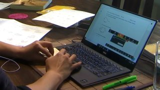 A student during distance learning.