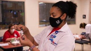 Vacunas contra COVID-19 en H-E-B