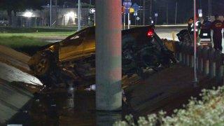 Conductor muere al caer de puente en el Loop 410