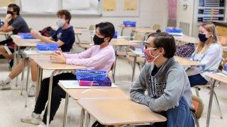 mascarillas en escuelas