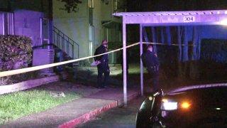 Hombre baleado en Starcrest Drive