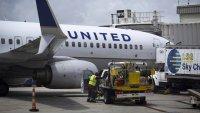 "United Airlines reanuda vuelos tras ""falla técnica"" que paralizó sus operaciones"