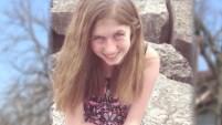 """La niña de 13 años encabeza la lista """"Top"""" de las personas secuestradas y desparecidas en la página web del FBI tras el hallazgo de sus padres asesinados."""