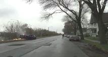 Un hombre de Milwaukee enfrenta múltiples cargos luego de que supuestamente condujo a la policía a una persecución por una autopista,...