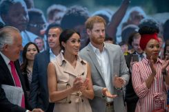 El vestido de $825 y la noble causa que puso a Meghan y Harry a la par de Obama