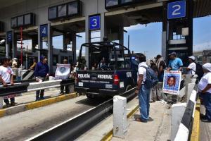 Oaxaca recibe a 600 policías para evitar bloqueos