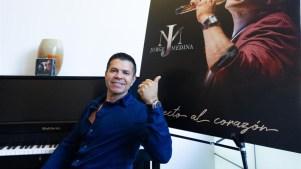 Jorge Medina arriesga pero descarta la música urbana