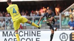 Ronaldo debuta en Juventus con un triunfo pero sin goles