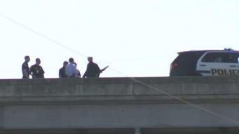 Identifican a hombre baleado por oficiales en la I-37