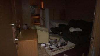 Desalojan a familias puertorriqueñas de hotel en Florida