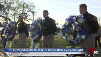 Honran a oficiales a 20 años de morir en el cumplimiento de su deber