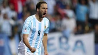 Higuaín anuncia su retiro de la selección argentina