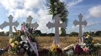 Familias se preparan para sepultar a víctimas de masacre