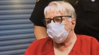 """""""Enfermera asesina"""" irá a juicio por muertes de 5 bebés"""