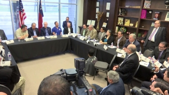 Senadores y líderes discuten propuestas para la frontera