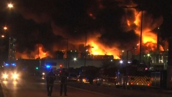 Llamas y sonido de explosiones tras incendio en Francia