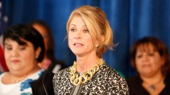 Wendy Davis anuncia postulación para el Congreso de 2020