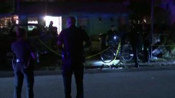 Hombre muere baleado al frente de su casa