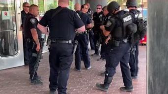 Pelea crea caos en Ingram Park Mall