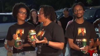 Un año después realizan vigilia en memoria de joven baleado