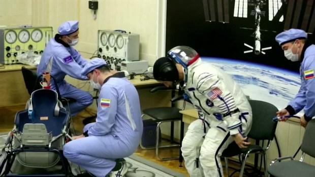 [TLMD - LV] Cápsula rusa se ajusta a estación espacial