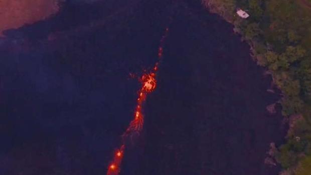 [TLMD - MIA] Disminuyen emisiones de humo y cenizas de volcán en Hawái