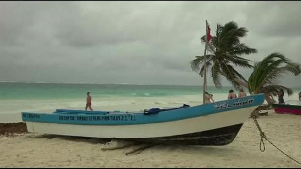 Franklin se convierte en huracán y pegará en Veracruz