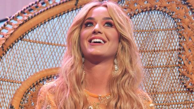 Modelo acusa a Katy Perry de acoso sexual