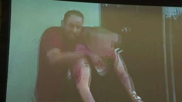 [TLMD - LA] Revelan video sobre muerte de rehén por la policía