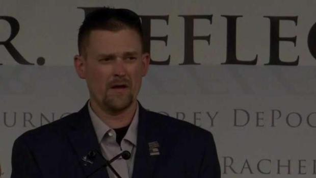 """[TLMD - Denver] """"Superé 49 cirugías para volver a caminar"""": Sean Graves, sobreviviente de Columbine"""