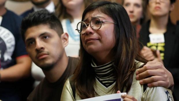 Trump niega acuerdo con los demócratas sobre programa DACA para niños migrantes