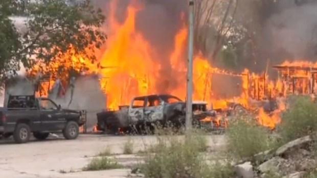 [TLMD - SA] SAPD: hombre golpea esposa, mata vecino y causa voraz incendio