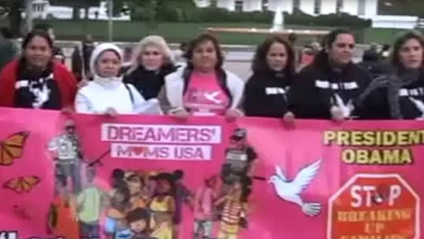 Video: Se manifiestan madres indocumentadas