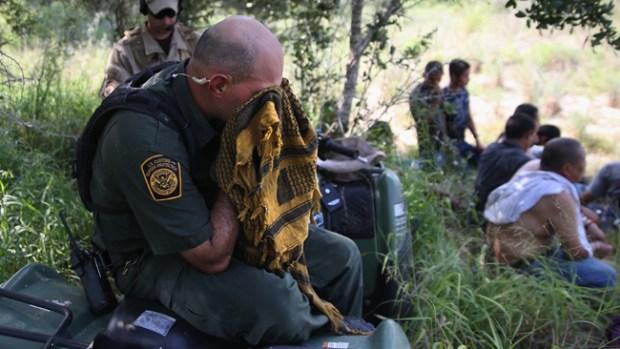Video: Agentes fronterizos rompen el silencio