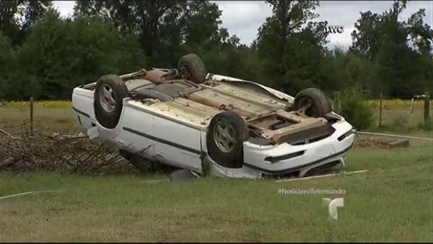 Video: Dos muertos a causa de tornados