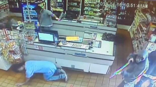 [TLMD - SA] Aterrador asalto en carnicería Culebra queda captado en cámara