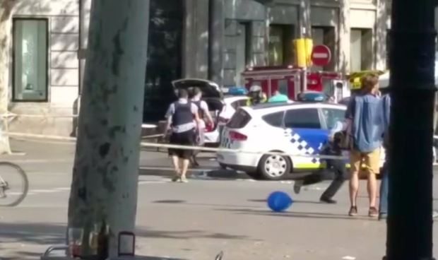 Estado Islámico asume autoría del atentado en Barcelona