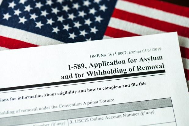 [TLMD - NATL] USCIS anuncia nueva funcion para solicitantes de asilo