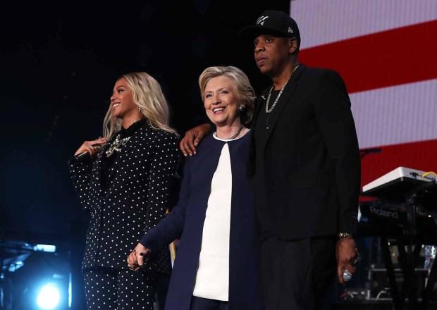 Beyoncé y Jay Z cantan en apoyo a Hillary Clinton