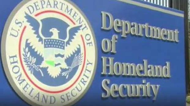 [TLMD - LV] Tomarán años los retrasos en las cortes de Inmigración
