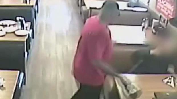 [TLMD - AZ] Veterano sospechoso de violento ataque en IHOP