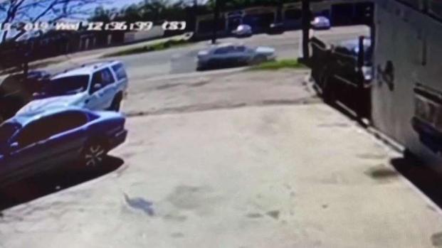 [TLMD - SA] Video capta momento en que hombre es arrollado a muerte