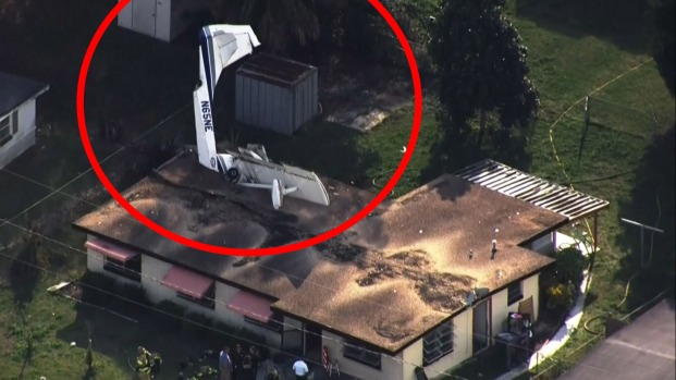 Avioneta se estrella contra una casa de Florida