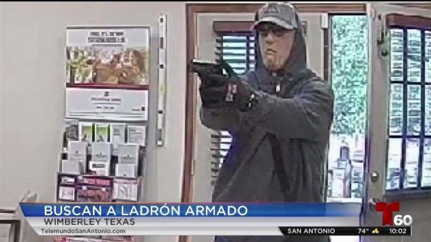 Buscan a sujeto que robó banco a mano armada