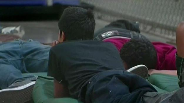 Gobierno admite no prepararse para política migratoria